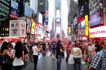 Top american plazas for culture history and scenery for New york culture facts