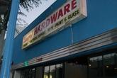 Laurel Hardware - Bar | Restaurant in Los Angeles.