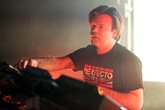 Paul-oakenfold_s165x110