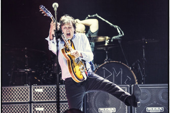 Paul McCartney Concert In Washington DC Jul 12 2013 800 Pm