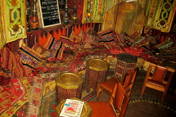 Le Bazar Egyptien - Bar | Bazaar | Restaurant in Paris.