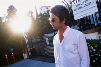 Noel Gallagher&#x27;s High Flying Birds