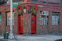 Vazac's Horseshoe Bar - Bar   Restaurant in New York.