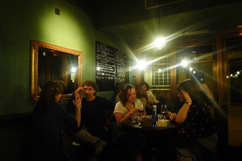 La Baignoire - Wine Bar in Barcelona.