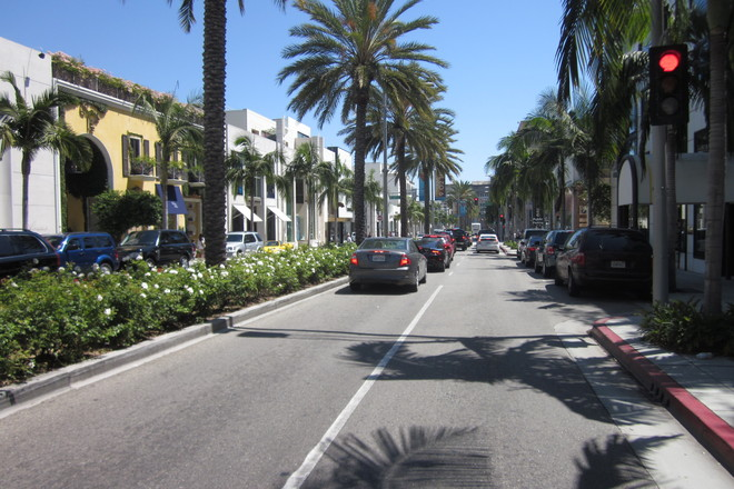 It's a beautiful day for strolling down Rodeo Drive in Beverly Hills!