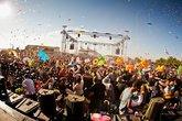 Monegros-desert-festival_s165x110