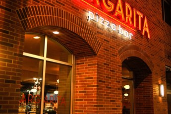 Margarita Pizza Bar - Bar | Italian Restaurant | Pizza Place in Los Angeles.