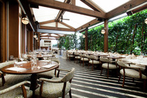 Cecconi's - Bar | Italian Restaurant in Los Angeles.