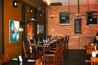 Korzo - Bar | Bar | Restaurant | Restaurant in New York.