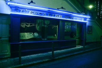 L'Escalier Pub - Karaoke Bar | Lounge | Pool Hall | Pub in French Riviera.