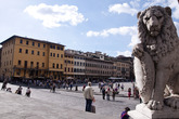 Piazza Santa Croce - Landmark | Nightlife Area | Outdoor Activity | Square in Florence.