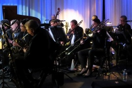 Peter-myers-orchestra-with-loree-frazier-concert-1_s268x178
