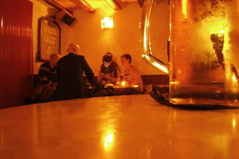Q Bar - Bar | Restaurant in Barcelona.