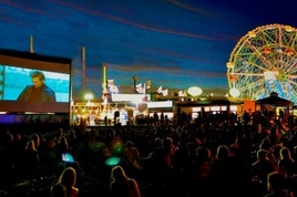 Coney-island-flicks-on-the-beach_s268x178