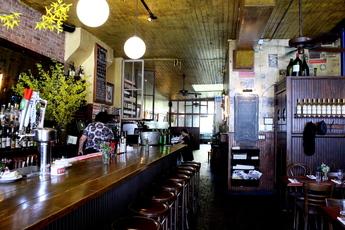 Le Barricou - Bar | French Restaurant in New York.