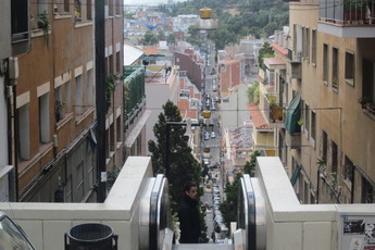 Barcelona_s345x230