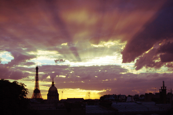 Globespotting: 24 Hours in Paris