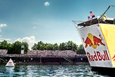 Red-bull-flugtag-washington-dc_s165x110