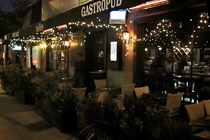 The 3rd Stop - Bar | Gastropub | Restaurant in Los Angeles.
