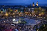 10 Must See Plazas Around The World