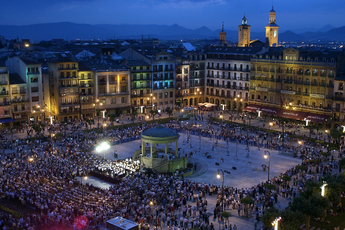 Plaza del Castillo during the Plaza Abierta, a live music event in Pamplona during the Run.