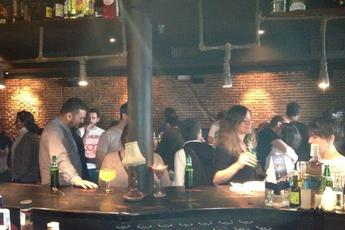 Veinti 7 - Lounge | Cocktail Bar | Gin Bar in Madrid.