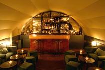 Curio Parlor - Cocktail Bar | Speakeasy in Paris.
