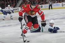 Blackhawks-hockey_s210x140