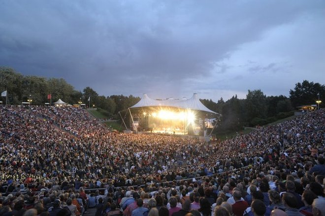 outdoor-concerts_s660.jpg?1375218465