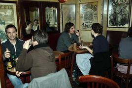Le 10 Bar - Bar in Paris.