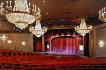 Drury Lane Theater (Oakbrook Terrace, IL)  - Theater in Chicago.
