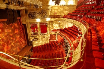 Théâtre Mogador - Theater in Paris.