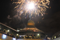 Wimbledon Winter Wonderland - Festival | Holiday Event | Parade | Shopping Event in London.