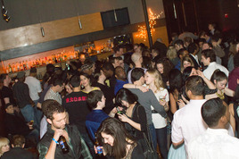 Boston's Singles Scene: Get Your Masters In Making Out