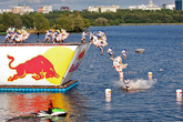 Red-bull-flugtag-2013-long-beach_s165x110