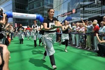 Berliner Kellnerlauf (Waiter Derby) - Running in Berlin.