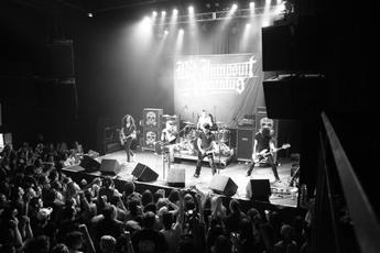 Red Jumpsuit Apparatus Concert | Fashion Ql