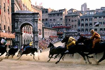 Palio di Siena - Festival | Sports in Florence.