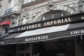 L'Autobus Impérial - Bar | Café | Restaurant in Paris.