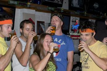Montrose Pub Run - Running   Pub Crawl in Los Angeles.