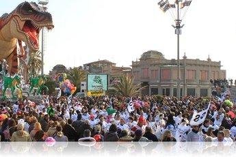 Carnevale di Viareggio - Festival | Holiday Event | Parade in Florence.