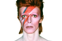 David Bowie is - Photography Exhibit | Fashion Event | Art Exhibit in London.